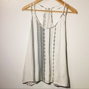 Double strapped razor back tank top